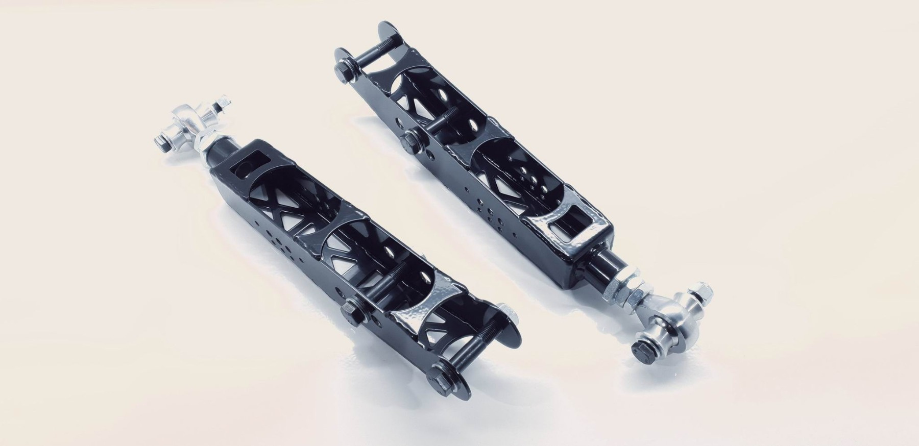 Tylne dolne regulowane wahacze Lexus IS200 GS300 MK2